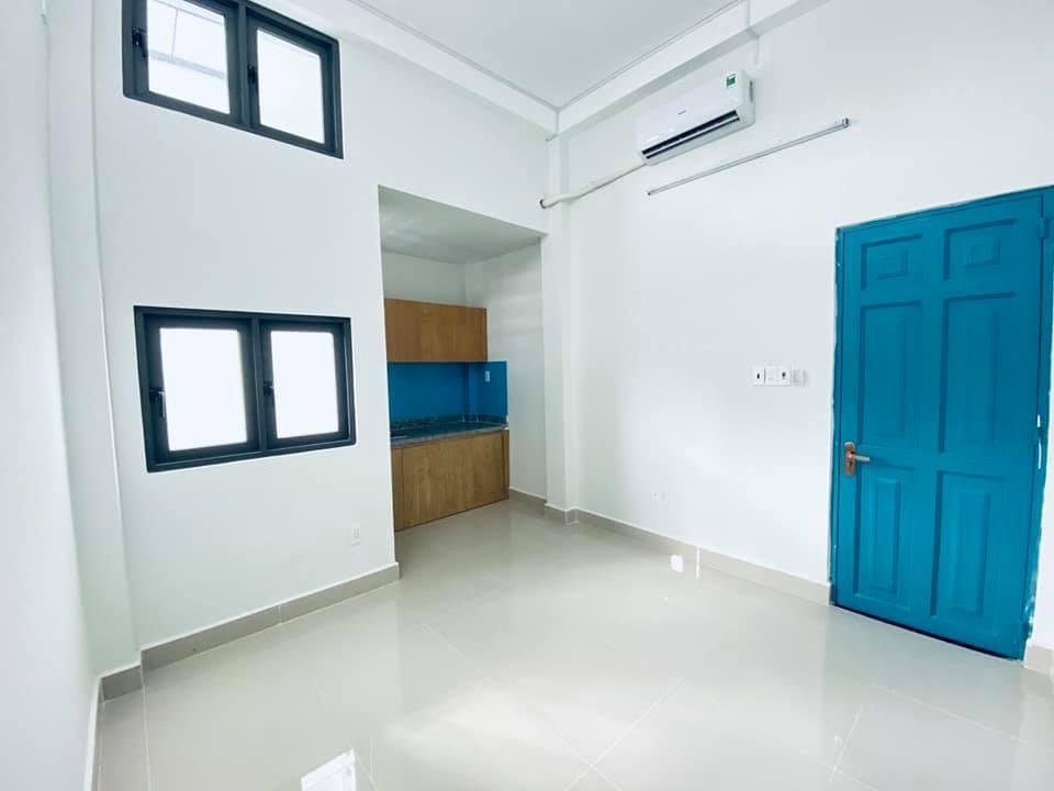 Cho thuê phòng trọ mới xây, có thang máy, ngay Big C Tân Phú